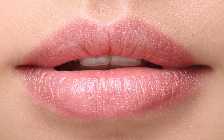 lips-2880x1800-woman-beautiful-closeup-hd-2464