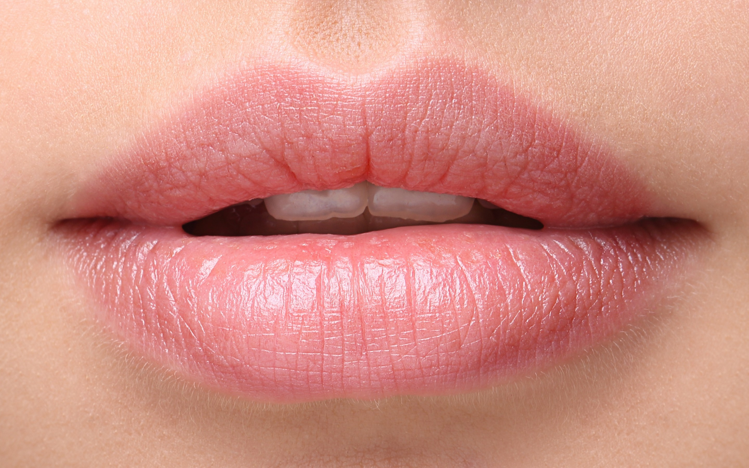 lips-2880x1800-woman-beautiful-closeup-hd-2464